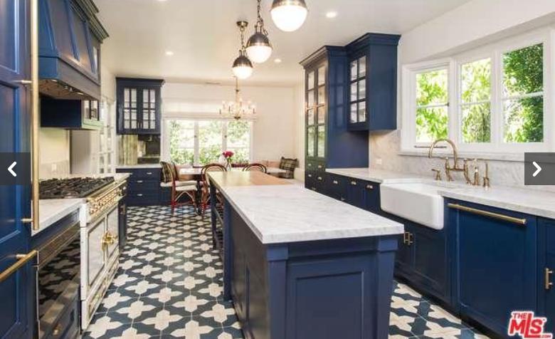 Zoey Deschanel's House  |  Kiki's List