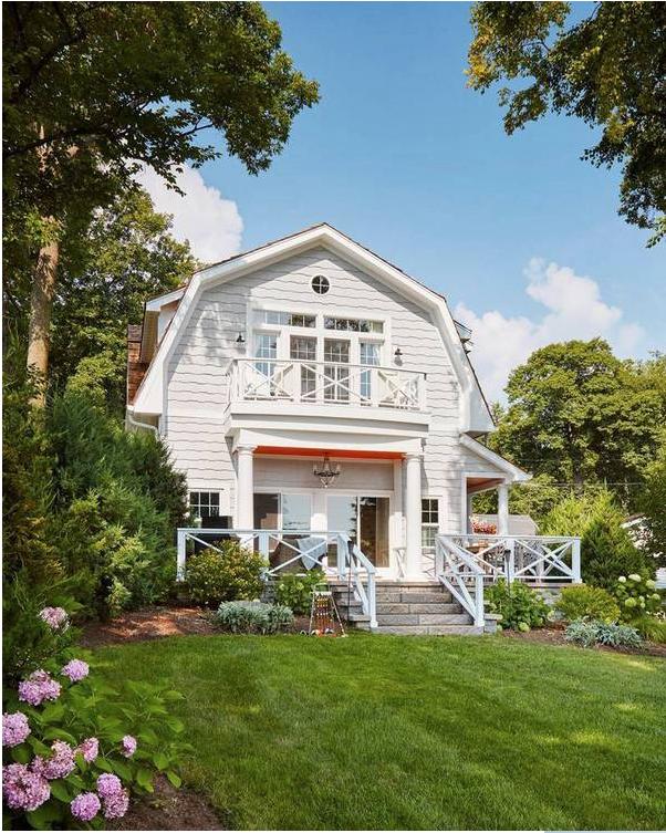 Best Lake House Ever | Kiki's List